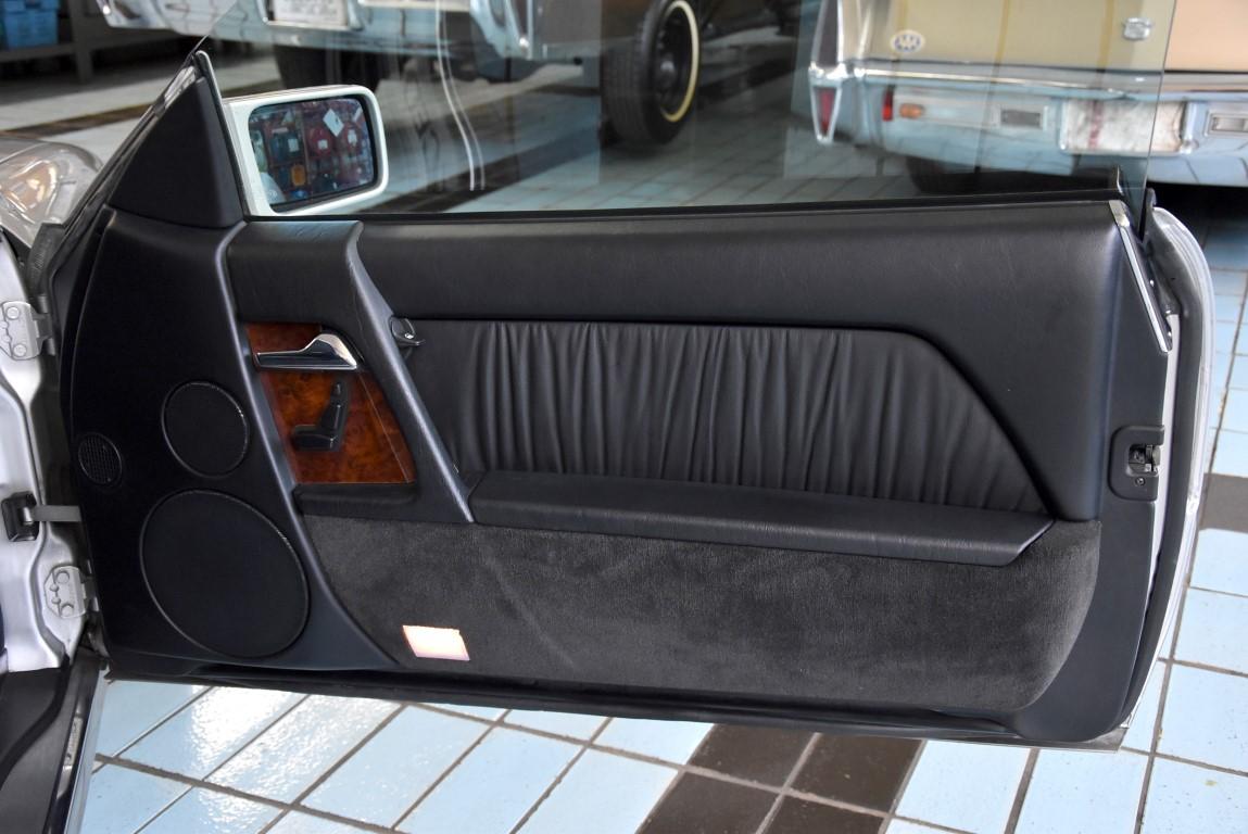 mb 500 sl cabrio seitent r rechts medium classic lounge. Black Bedroom Furniture Sets. Home Design Ideas